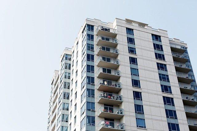 REITよりお得?不動産小口信託受益権を活用した相続税の節税対策を解説