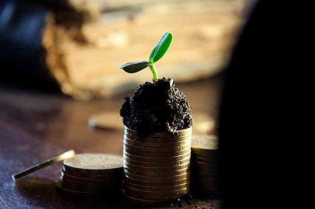 少額減価償却資産の特例を使う際のポイントと注意点【30万円まで一括損金】